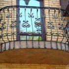 Кованые балконы: так ли они качественны и красивы?!