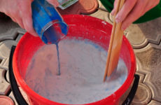 Как приготовить раствор для побелки потолка