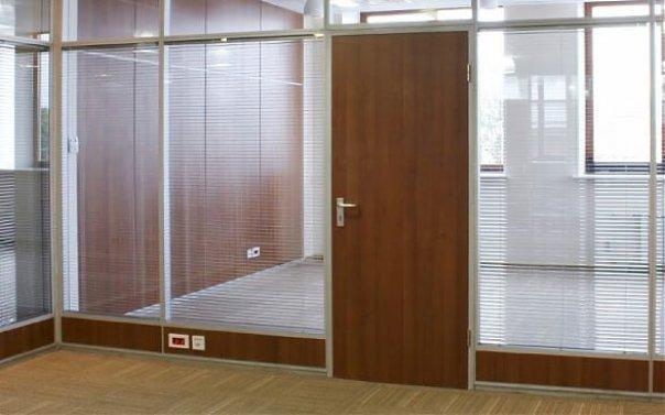 dveri-dlya-ofisa