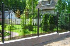 Как спроектировать металлический забор?