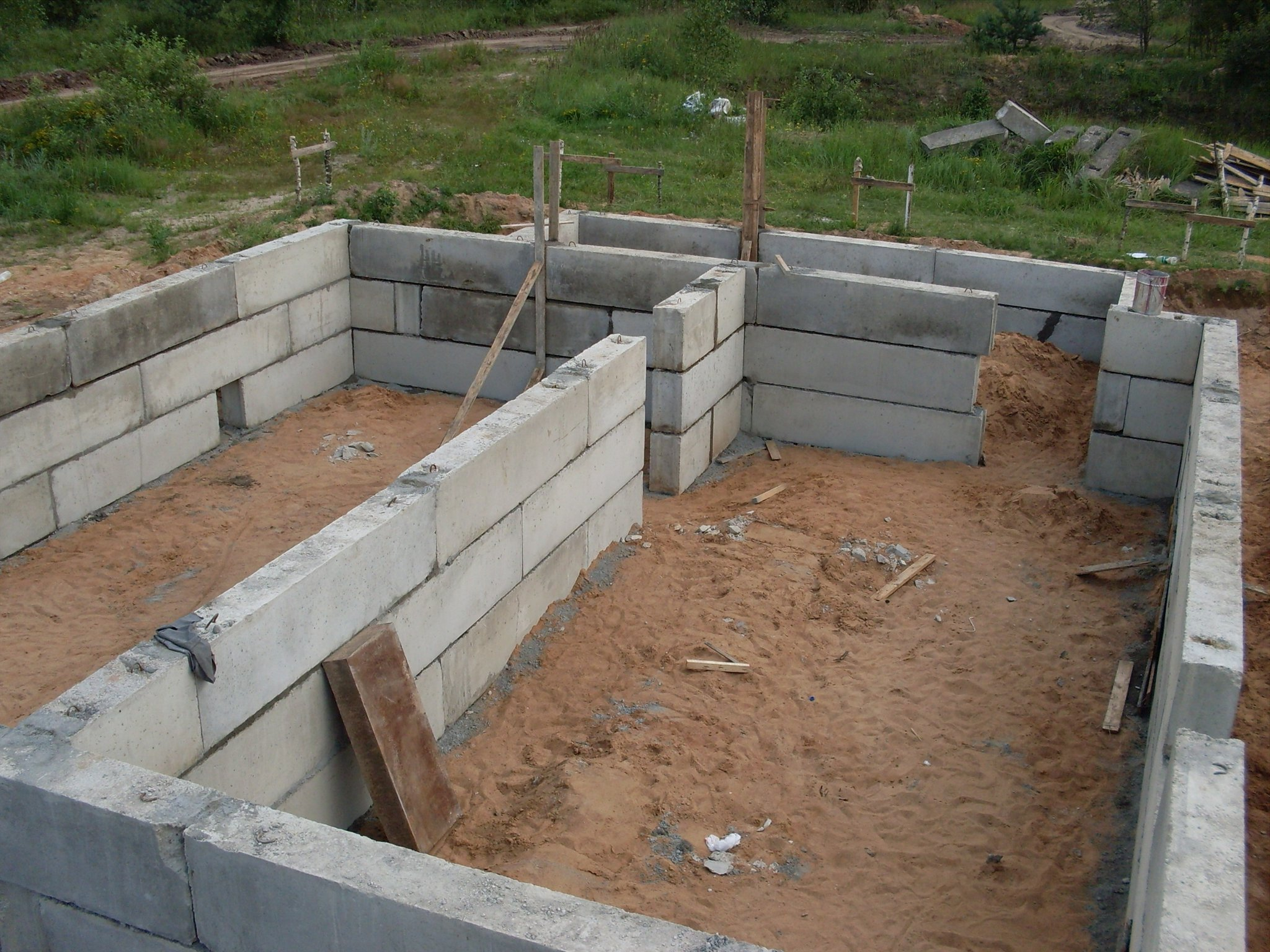 Блоки под фундамент