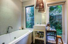 Нужно ли окно в ванной комнате?